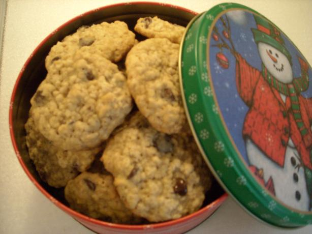 Suzie's Oatmeal Chocolate Chip Cookies. Photo by mums the word