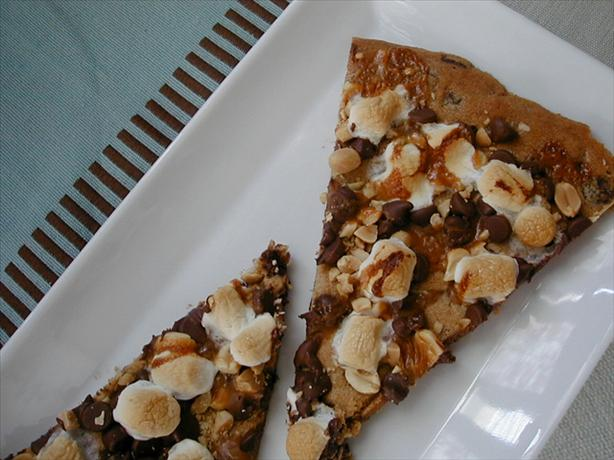 Rocky Road Cookie Pizza. Photo by ms_bold
