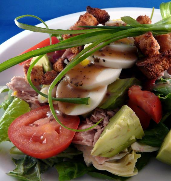 Tuna Cobb Salad. Photo by PaulaG