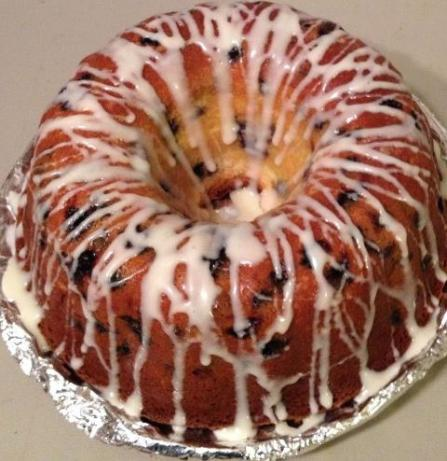 Blueberry Cream Cheese Pound Cake. Photo by bakingsg36
