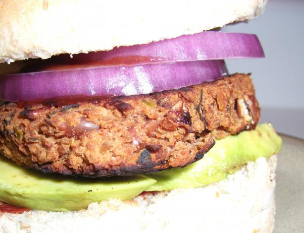 Jalapeno-Red Bean-BBQ Burgers. Photo by Mindelicious