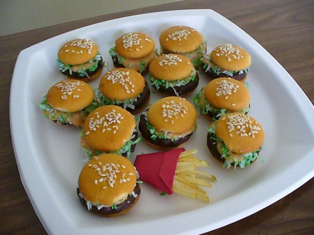 Cheeseburger in Paradise Cookies. Photo by brenhenwi