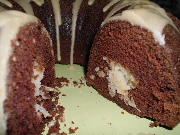 Chocolate Macaroon Cake - Bundt Cake. Photo by vivmom