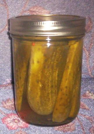 Aunt Agnes' Garlic Dill Pickles. Photo by Chipfo