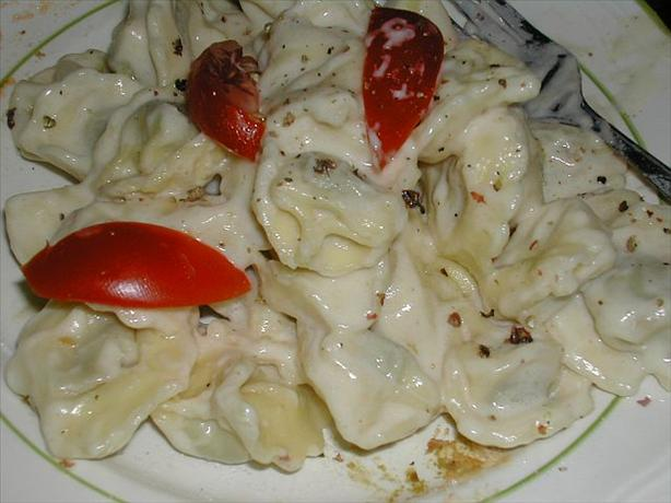 Tortellini With Creamy Roasted Garlic Sauce. Photo by MarraMamba