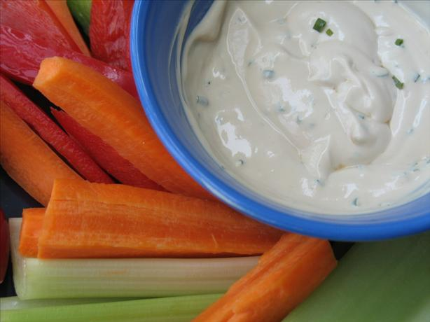 Low-Calorie Dip for Raw Veggies or Potato Chips. Photo by Redsie