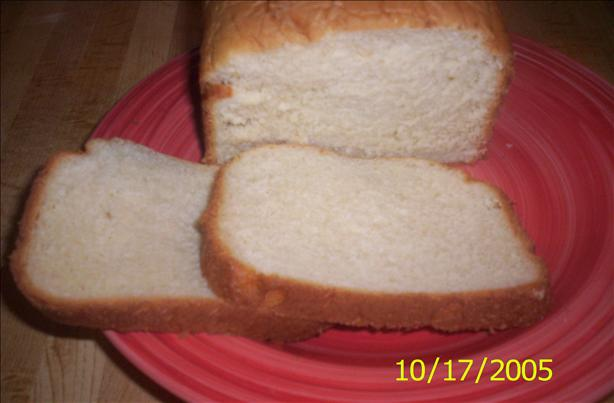 Fabulous Honey White Bread  (Bread Machine). Photo by Chef shapeweaver ©