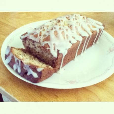 Sour Cream Banana Bread. Photo by Kaymu12
