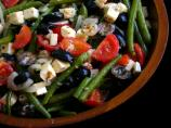 Green Beans With Tomatoes, Olives, and Feta