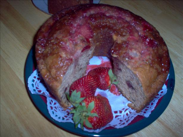 Strawberry Pound Cake. Photo by Marlitt