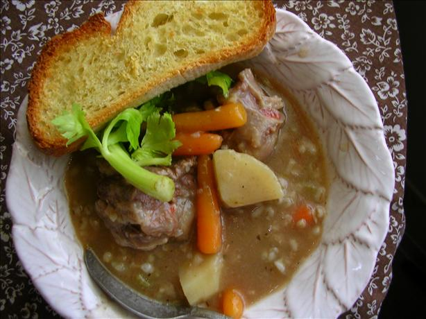Slow Cooker (Crock Pot) Oxtail Barley Soup. Photo by CoolMonday