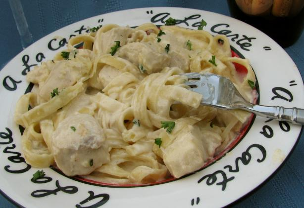 Cajun Chicken Fettuccine Alfredo. Photo by lazyme