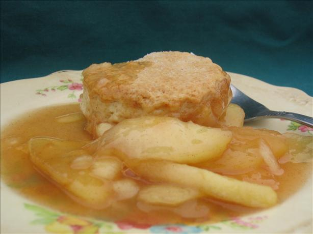 Apple Cobbler With Sweet Biscuit Crust. Photo by Charmie777