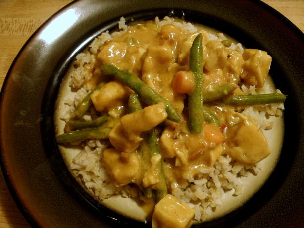 Creamy Peanut Chicken. Photo by PSU Lioness