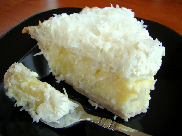 Coconut Cream Pie. Photo by Marg (CaymanDesigns)