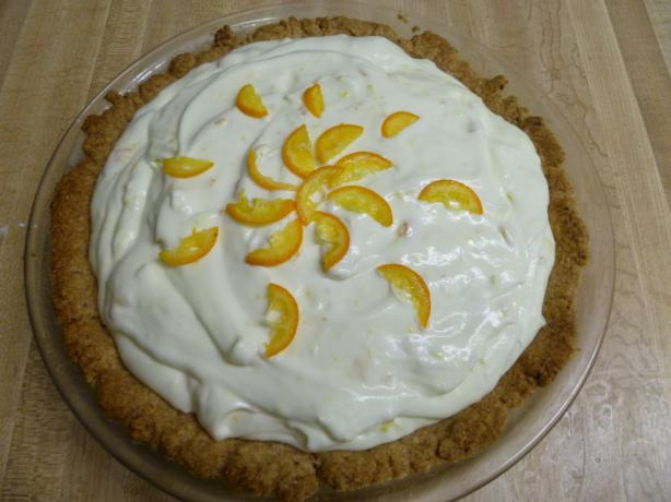 Kumquat Refrigerator Pie. Photo by Ambervim