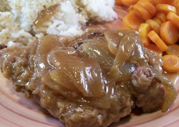 &quot;swiss&quot; Round Steak With Onion Gravy. Photo by Crafty Lady 13