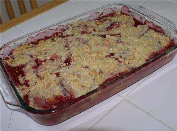 Mango, Nectarine and Raspberry Crumble. Photo by lynmoz