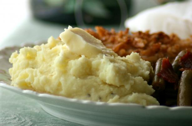 Sinfully Delish Garlic Mashed Potatoes. Photo by Wildflour