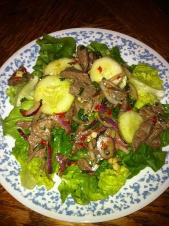 Taste of Thai Beef Salad - Yam Nuea. Photo by Chesonis