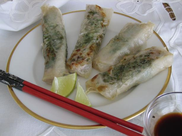 Tuna Spring Rolls With Lime/soy Sauce. Photo by Mia in Germany